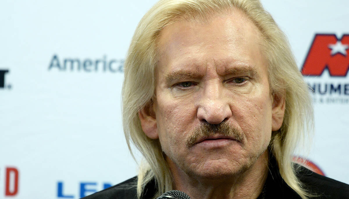 Joe Walsh Says Rock Hall of Fame Is Controlled by Corporations