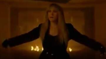 Lee Valsvik - Stevie Nicks really is a Witch on American Horror Story!