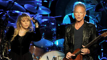 Rock News - Lindsey Buckingham Sues Fleetwood Mac Over Firing