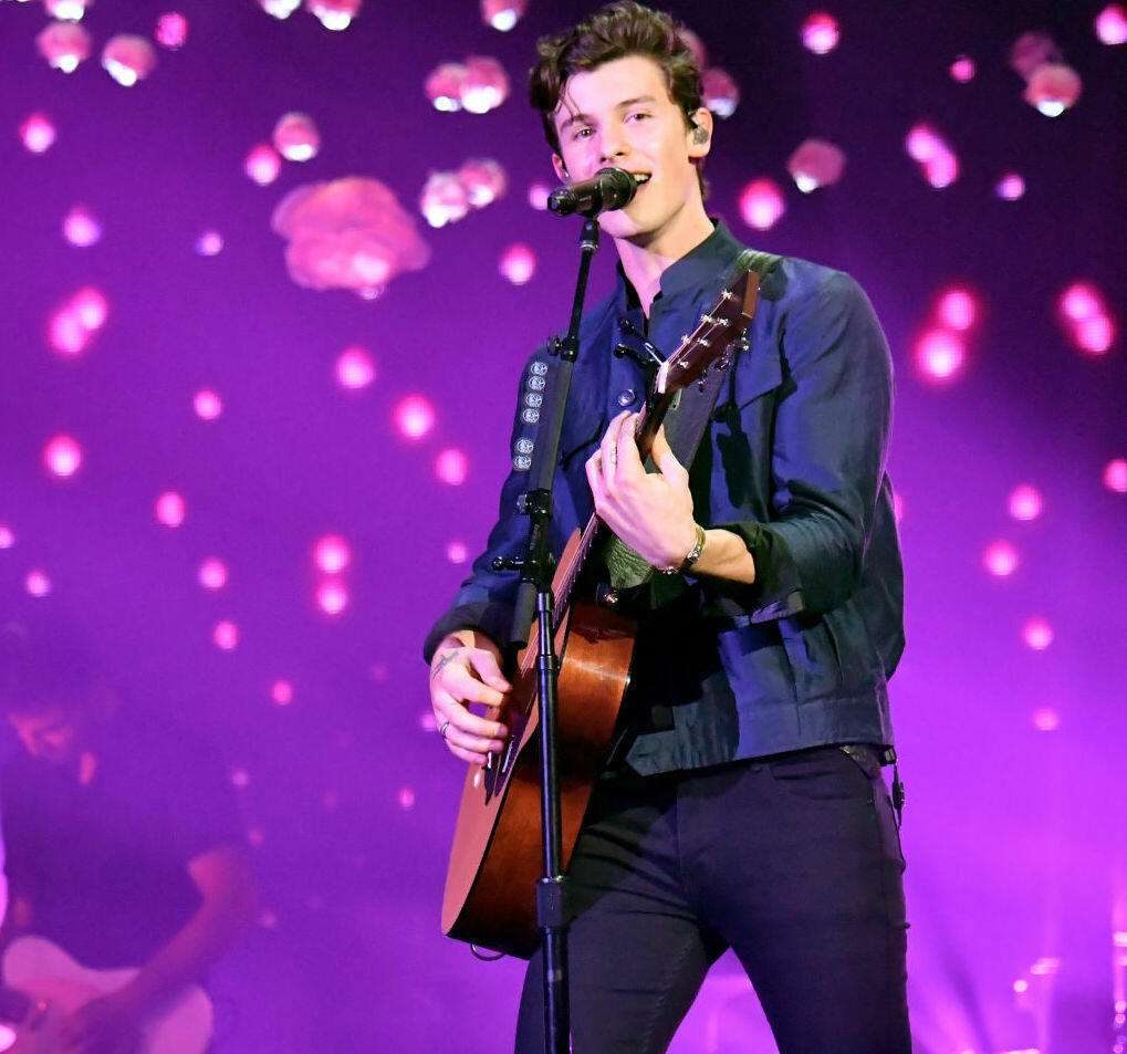 Shawn Mendes and Teddy Geiger Cover Queen's 'Under Pressure'