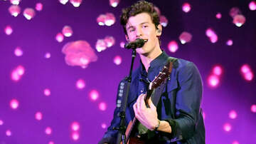 Entertainment News - Shawn Mendes and Teddy Geiger Cover Queen's 'Under Pressure'