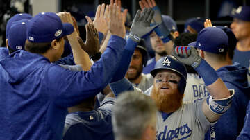 Sports News - Dodgers Even The Series Behind Justin Turner's Clutch HR