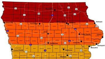 Local News - Iowa fall colors less bright but still beautiful say visitors MAP