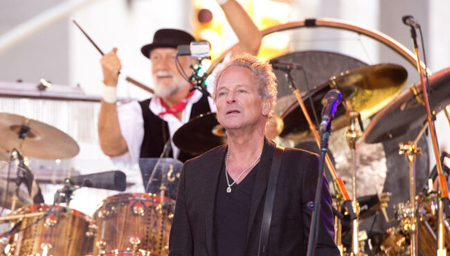 Lindsey Buckingham Sent Emotional Email to Mick Fleetwood After Firing