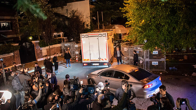 Police vehicles arrive to the Saudi Arabia's consulate in Istanbul on October 15, 2018 to search the premises in the investigation over missing Saudi journalist Jamal Khashoggi