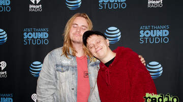 - Nothing But Thieves Meet + Greet Photos in our AT&T THANKS Sound Studio - O