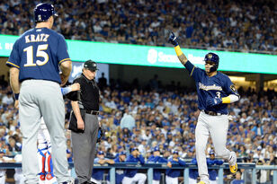 Highlights: Brewers 4, Dodgers 0 - NLCS Game 3