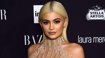Entertainment News - Kylie Jenner Twinning With Baby Stormi Is Serious Mommy-Daughter Goals