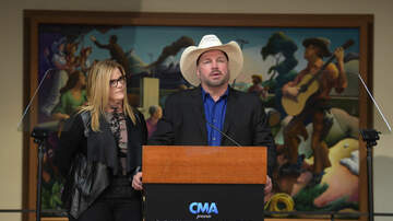 Local News - Austin - Garth Brooks Announces 30 Show Tour - Hints At Texas Shows