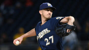 Brewers - Zach Davies replaces Gio Gonzalez on NLCS roster
