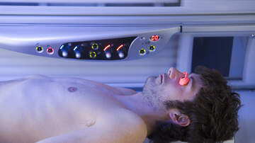 Mojo in the Morning - Phone Scam: Stuck In Tanning Bed