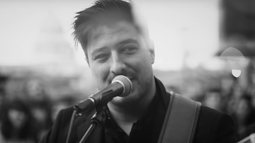 Music News - Mumford & Sons Pay Tribute to Their Fans in 'Guiding Light' Video