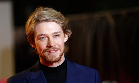 Entertainment News - Joe Alwyn Awkwardly Answered Question About Taylor Swift At Movie Premiere
