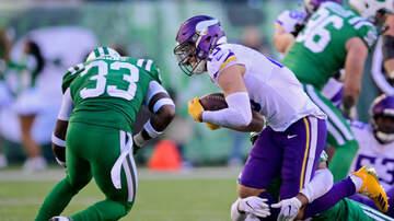Vikings - 🙈Adam Thielen coughs up blood after taking huge hit versus Jets   KFAN