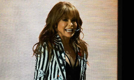Trending - Paula Abdul Falls Head-First Off Stage At Mississippi Concert Show