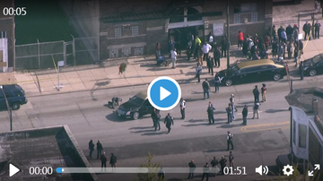 Frankie Robinson - BREAKING NEWS!! 4 PEOPLE SHOT AT A FUNERAL ON 92ND AND COTTAGE GROVE!!