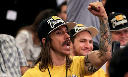 Rock News - Red Hot Chili Peppers' Anthony Kiedis Ejected From Lakers Game