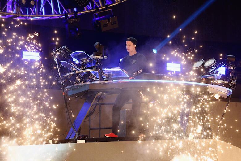 "Kygo & Sandro Cavazza Debut ""Happy Now"" Live (VIDEO)"