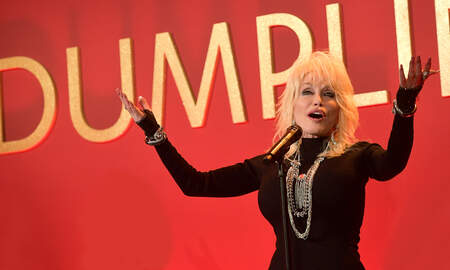 CMT Cody Alan - Dolly Parton's Female-Driven Film 'Dumplin'' Lobbies For Oscar