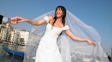 - David's Bridal: What's Going On With the Nation's Leading Wedding Retailer?