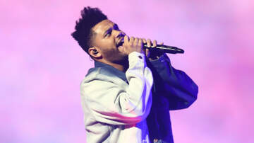 Trending - The Weeknd Almost Gets Hit By Falling Stage Equipment, Doesn't Flinch
