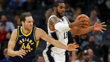 Sports Desk - Spurs fall to the Pacers 116-96