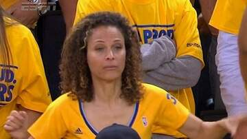 As Heard On The Monsters - MOM FOR THE ASSIST!! STEPH HITS THE THREE!!
