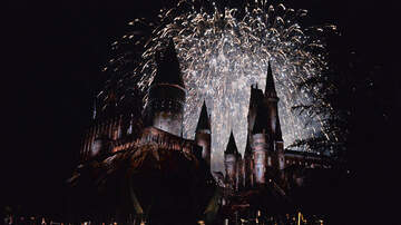 Paul Kelley - You Can Celebrate Christmas At Hogwarts This Year