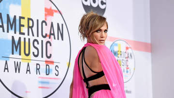Dreena Gonzalez - J.Lo Announces New Collaboration With Bad Bunny With AMAZING Thirst Trap
