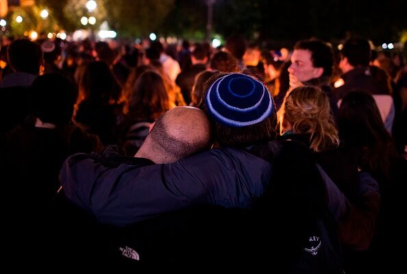 Mourners After Pittsburgh Synagogue Shooting  10-27-18 Getty Images