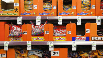 WTXT Station Info - 44% of Parents Will Eat More Candy Than Their Kids This Halloween