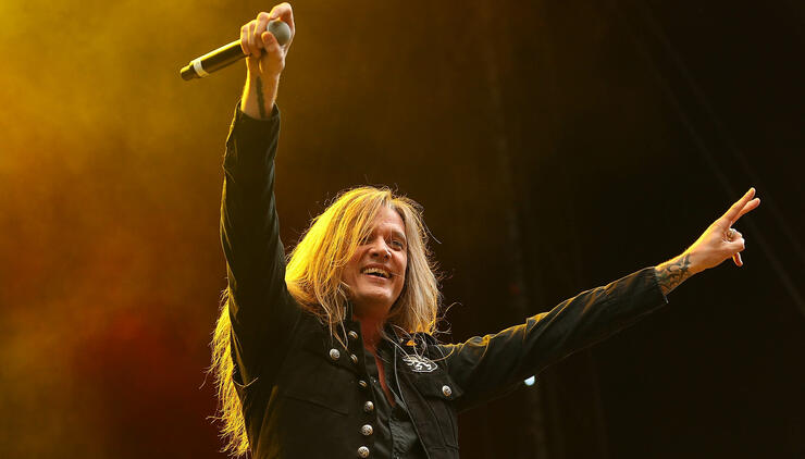 "Sebastian Bach Will ""Commemorate"" Anniversary of Skid Row Debut"
