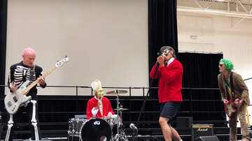 Frank Bell - Red Hot Chili Peppers Play High School for Halloween