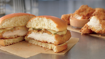 Lady La - McDonald's Is Testing Chicken Sandwiches That Look Just Like Chick-fil-A's