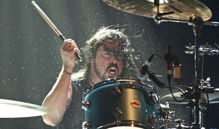 Dave Grohl Plays Drums With Squeeze At Bourbon & Beyond Festival: Watch   iHeartRadio