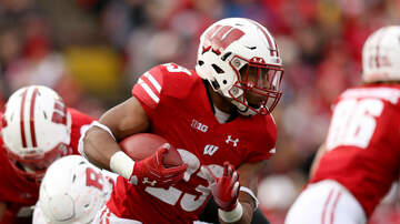 Wisconsin Badgers - Jonathan Taylor rushes for 208 yards, 3 TDs in win over Rutgers