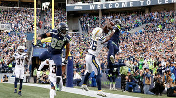 The KFAN Bits Page - The Seahawks are the leaders in the clubhouse after this TD celebration!