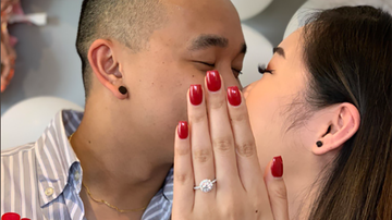 None - Bride-To-Be In Need Of Manicure Gets Hilarious Help On Engagement Photo
