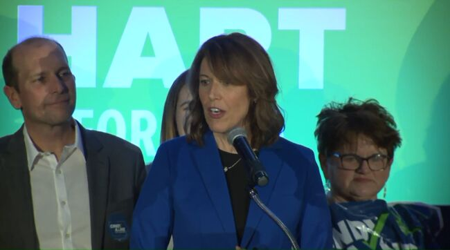Cindy Axne wins Iowa's 3rd District - photo WHO TV