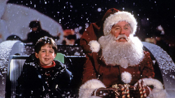 Christmas in Your Hometown - Holiday Movie at the Plex: The Santa Claus
