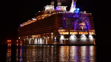 Mike and Mindy - The World's Largest Cruise Ship is at the Port!
