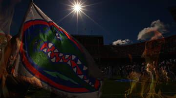 Florida Front Row - Florida Man Burns Gators Flag On Strangers Car Bc He's A Hurricanes Fan