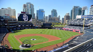 THE MARK and RICH SHOW - Must see: Rich Ohrnberger's outfit at The Links at Petco Park