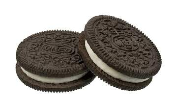 Lucy Lugnut - Nobody Knows What Color Oreos Are.
