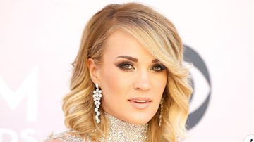 Beth Bradley - Carrie Underwood reveals Stitches made it impossible for her to sing