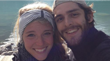 Beth Bradley - Thomas Rhett Posts Sweet Birthday Tribute to Wife Lauren