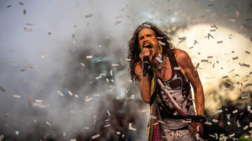 None - Steven Tyler at Florida Strawberry Festival!