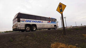 image for Greyhound Says Border Patrol Agents Need A Warrant To Board Buses