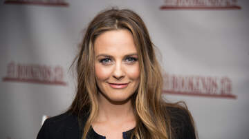 Entertainment News - Alicia Silverstone Claims Her Son Has Never Taken Medicine For This Reason