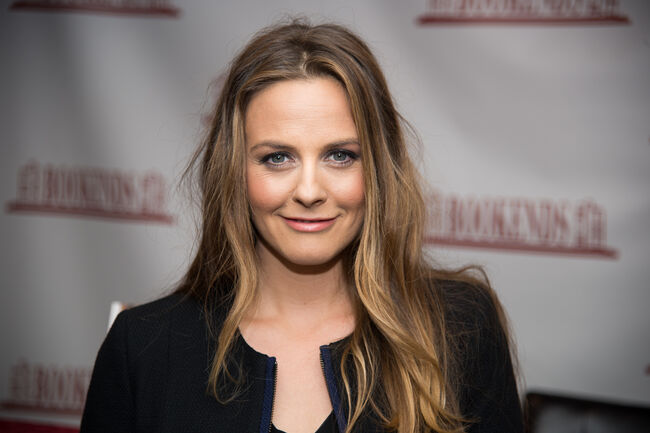 Alicia Silverstone Claims Her Son Has Never Taken Medicine Because